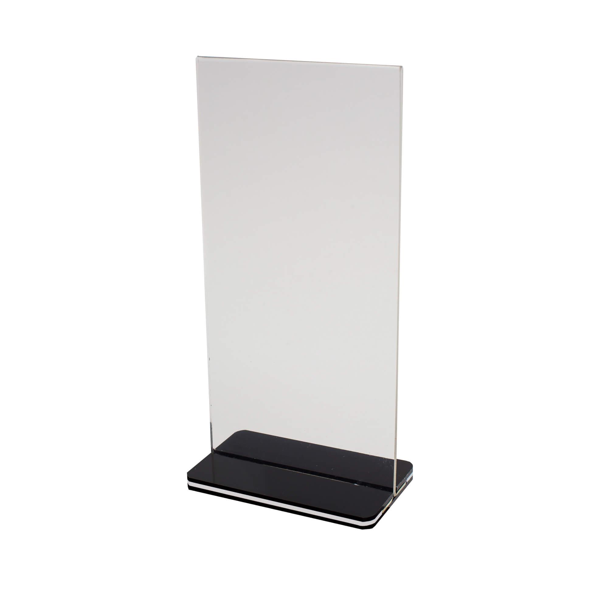 Plexi tábla 10×20 cm 2