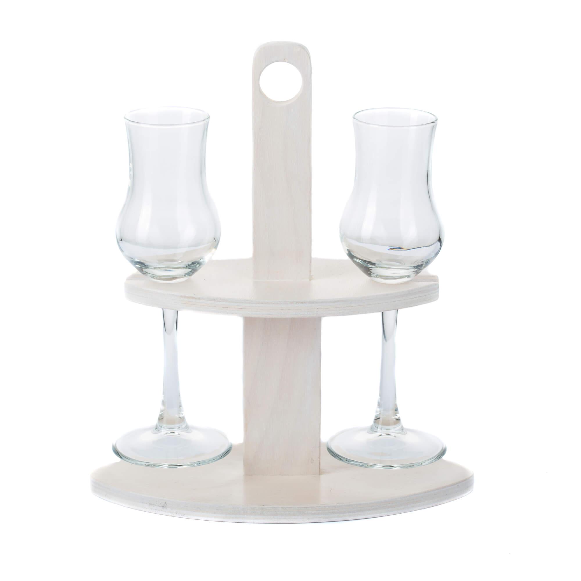 Pálinka szervírozó fehér pohárral
